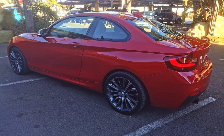 2014 BMW M235i Coupe M Sport 8-sp Sports AT